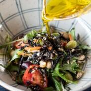 レシピ:パレスチナのオリーブオイルを使った和風サラダ