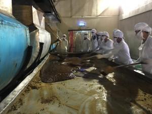 2006年に新工場が建てられ、釜の改善なども行われました。