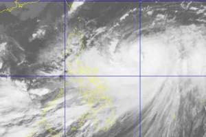 台風21号はフィリピンに上陸していませんが、発生した雨雲がフィリピン(黄色部分)を覆い、大雨と強風を発生しました。