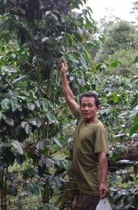コーヒー生産者のジョンさん
